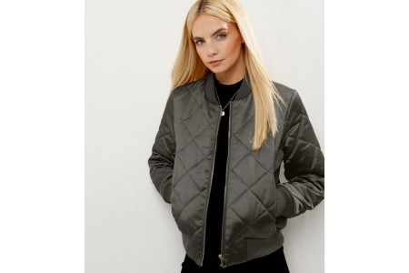 New Look Petite Khaki Green Diamond Quilted Bomber Jacket