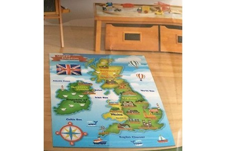 Smithsonian Educational Rug UK Map Great Britain England