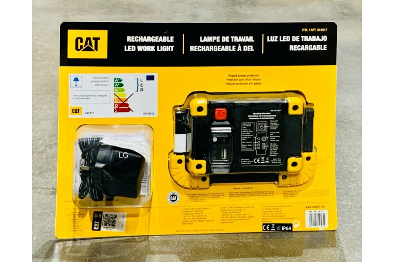 CAT Rechargeable LED Work Light with Charger 1100 Lumen Torch Lamp